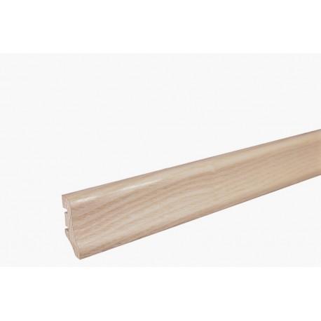 Плінтус напольний Ясен, білий матовий лак,40х20х2200 мм
